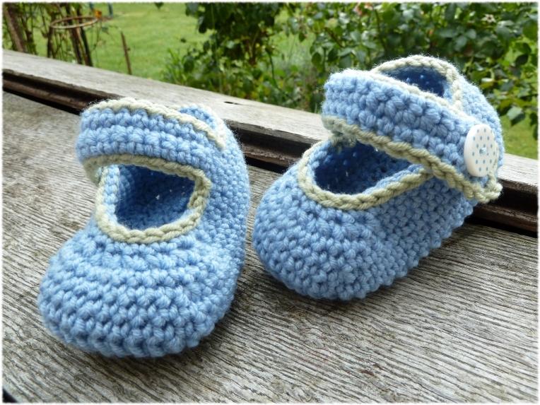 Babyschühchen in blau 1