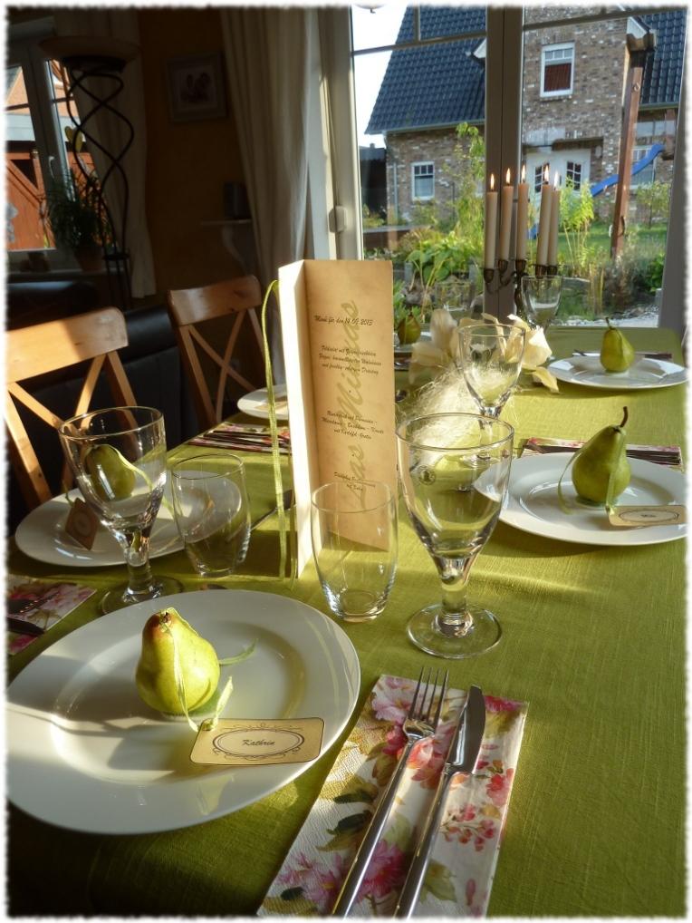Tischdeko mit Birne