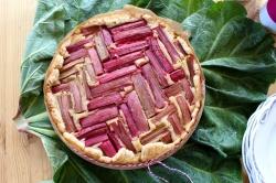 Rhabarberkuchen-mit-Mandelfrangipane11