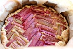 Rhabarberkuchen-mit-Mandelfrangipane7