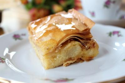 Galaktoboureko-griechischer-Griesspudding-Kuchen11