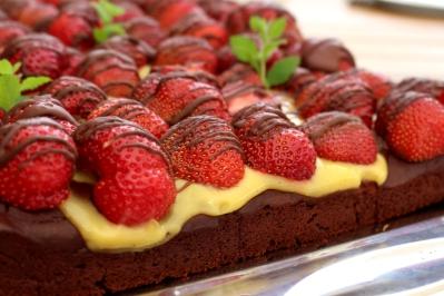 veganer-Brownie-Erdbeerkuchen10