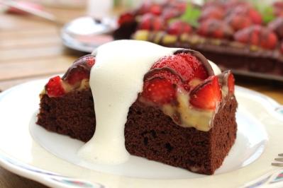 veganer-Brownie-Erdbeerkuchen12