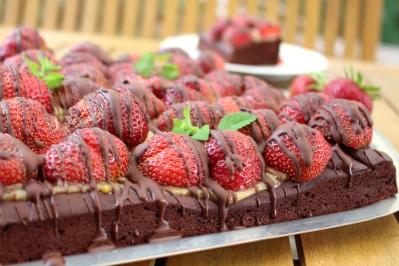 veganer-Brownie-Erdbeerkuchen21