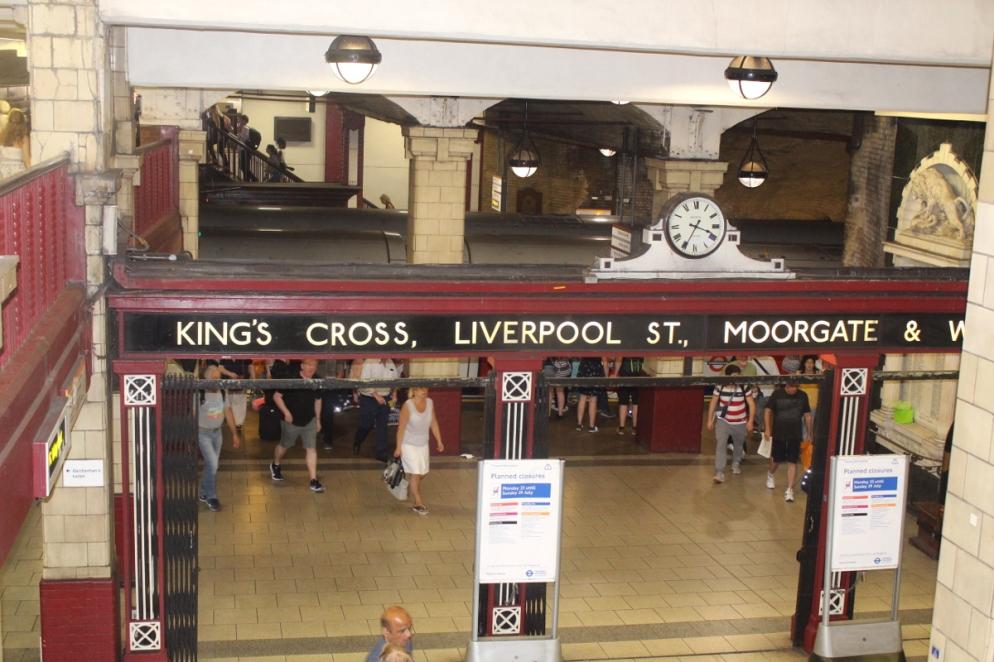 London_1Verkehrsmittel_Underground03
