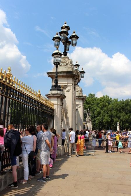 London_4Klassiker_BuckinghamPalace03