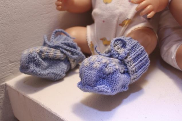 Baby-Mützchen-und-schühchen-gestrickt17