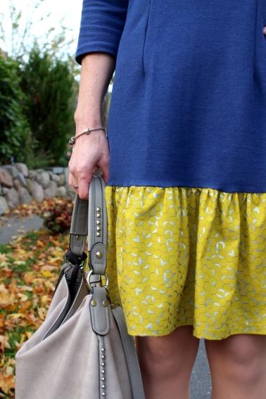 Kleid-selbstgenäht-mit-Rüschen-und-Knopfleiste-Mabinta19