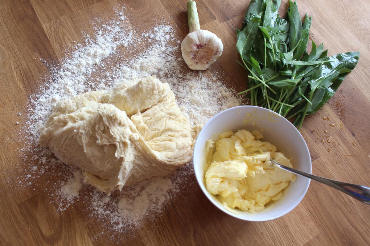 Bärlauch-Knoblauch-Brot01