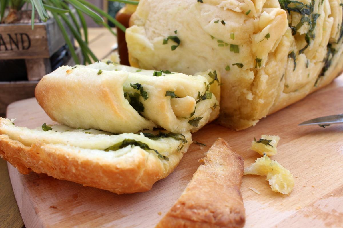 Bärlauch-Knoblauch-Brot12