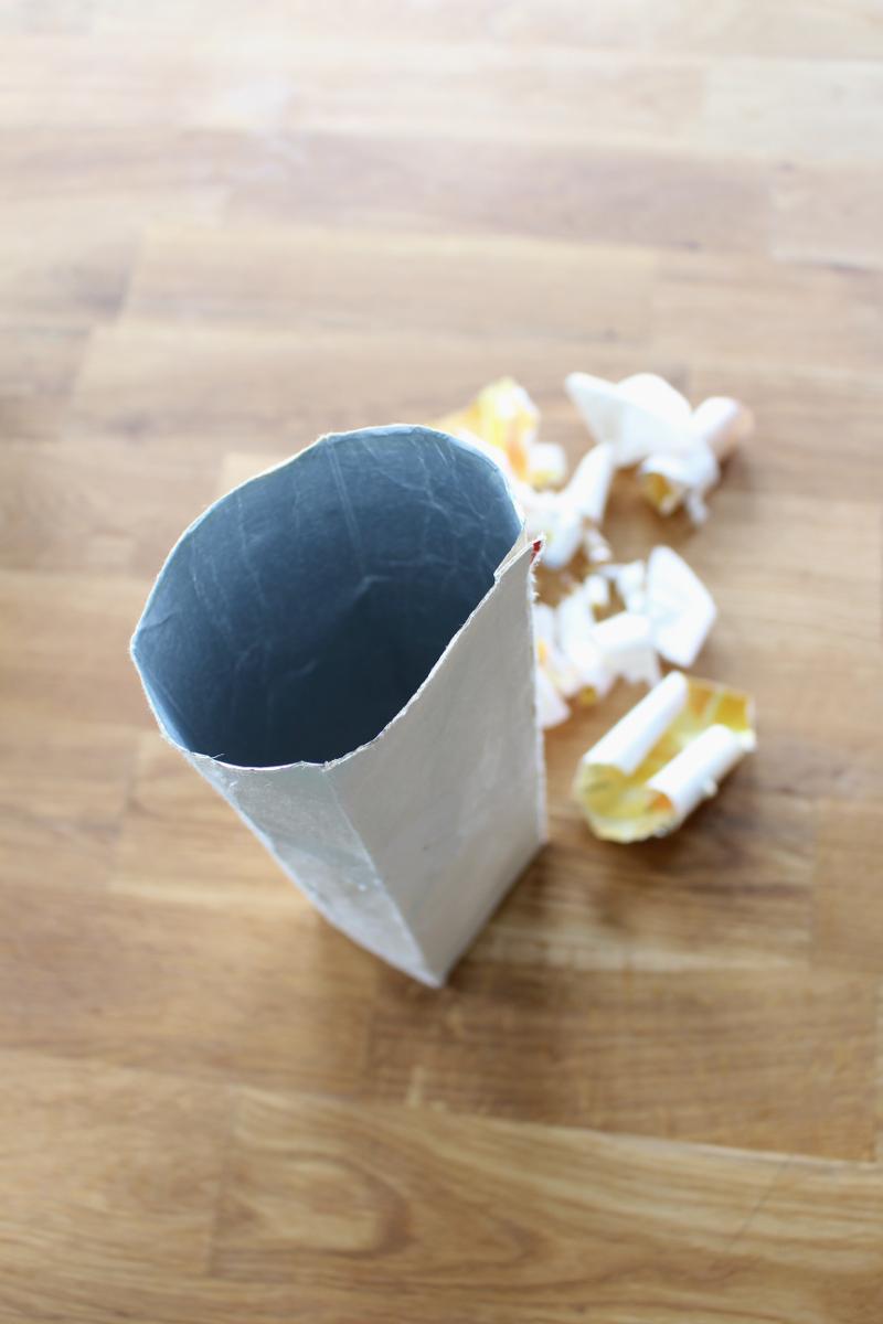 Tetrapack-Blumenvase-Übertopf01