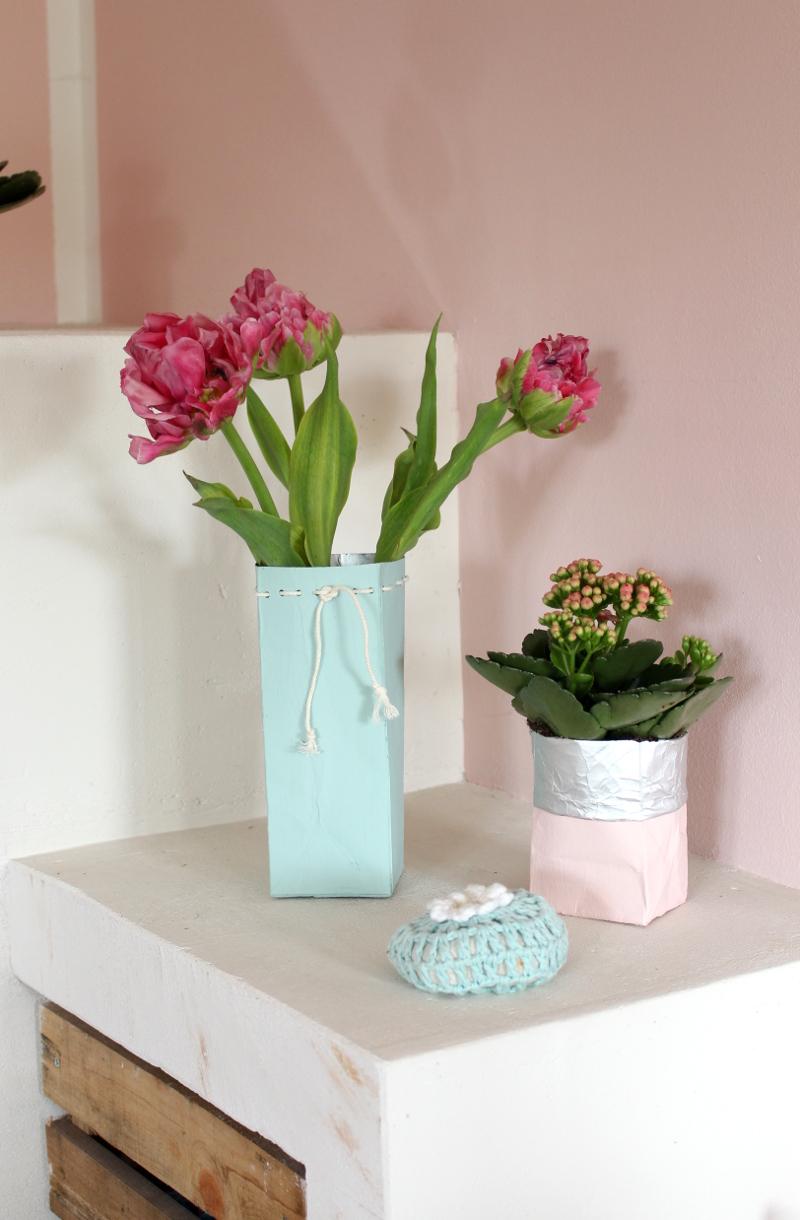 Tetrapack-Blumenvase-Übertopf03