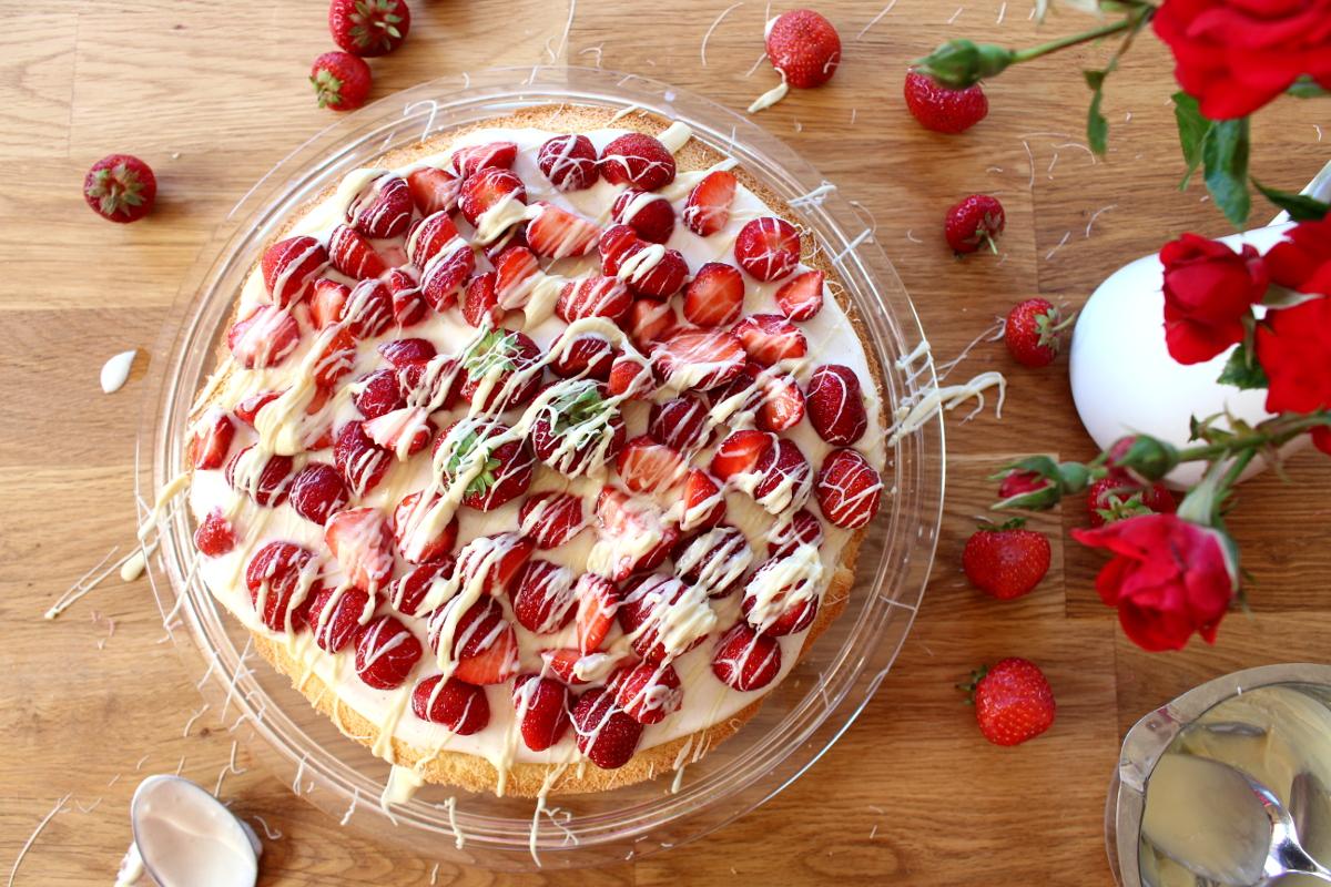 Erdbeer-Mascarpone-Quark-Torte06