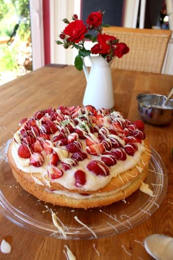 Erdbeer-Mascarpone-Quark-Torte08
