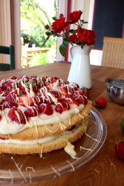 Erdbeer-Mascarpone-Quark-Torte10