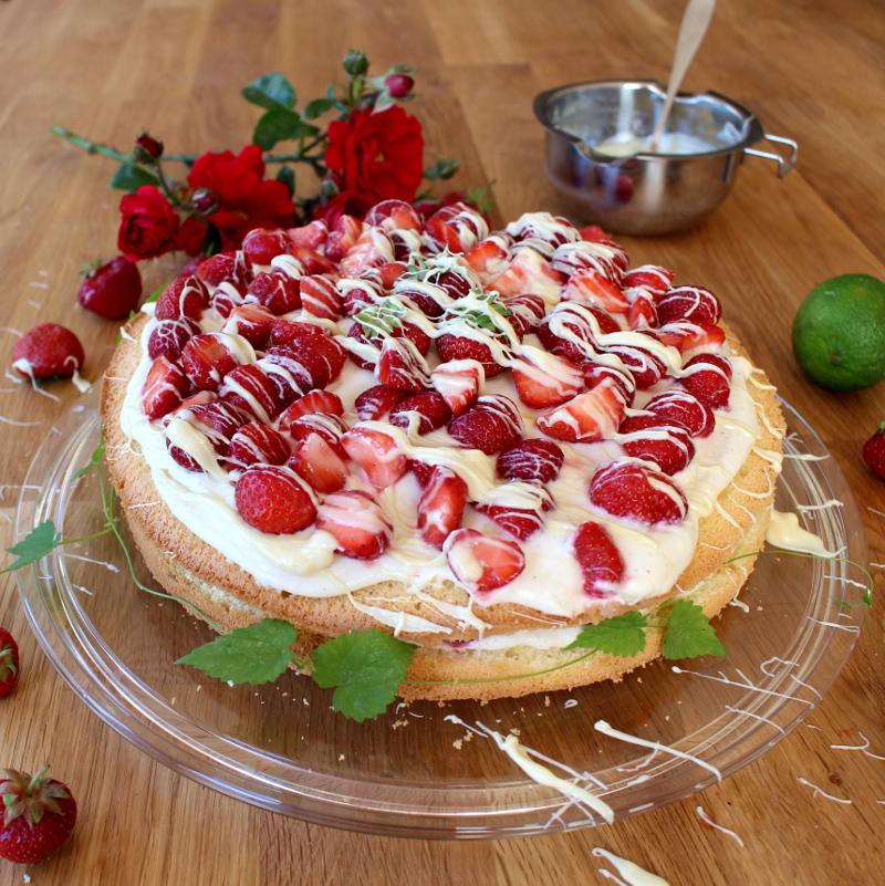 Erdbeer-Mascarpone-Quark-Torte12