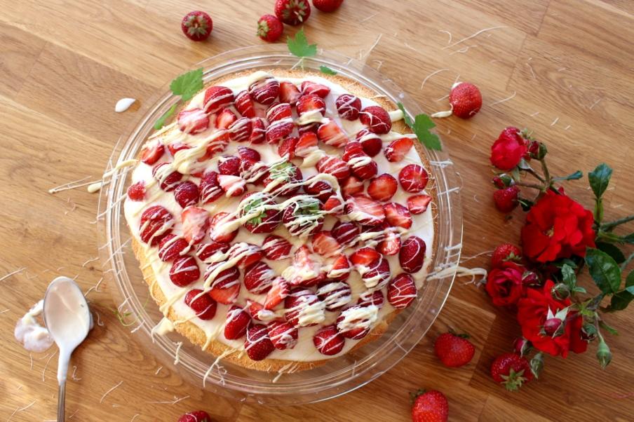 Erdbeer-Mascarpone-Quark-Torte13