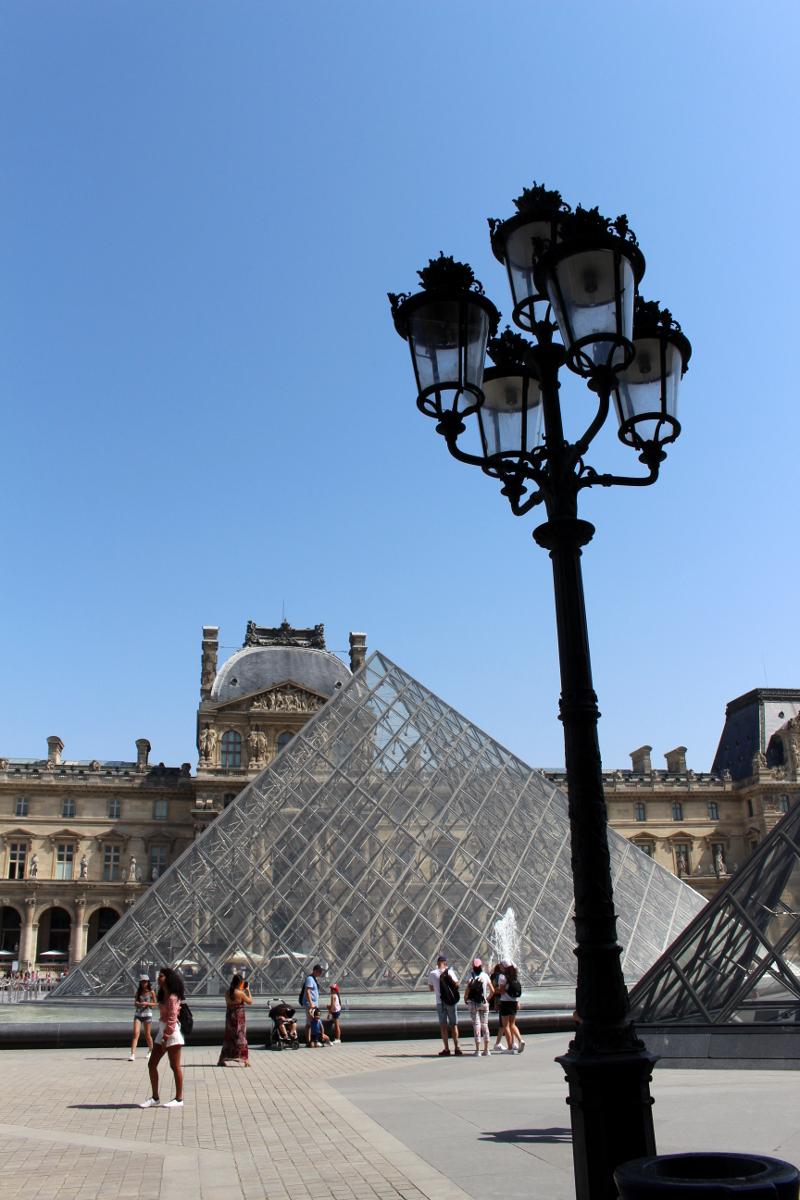 5_Paris_Louvre_MonaLisa12