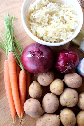 Kartoffel-Sauerkraut-Gulasch-vegetarisch04