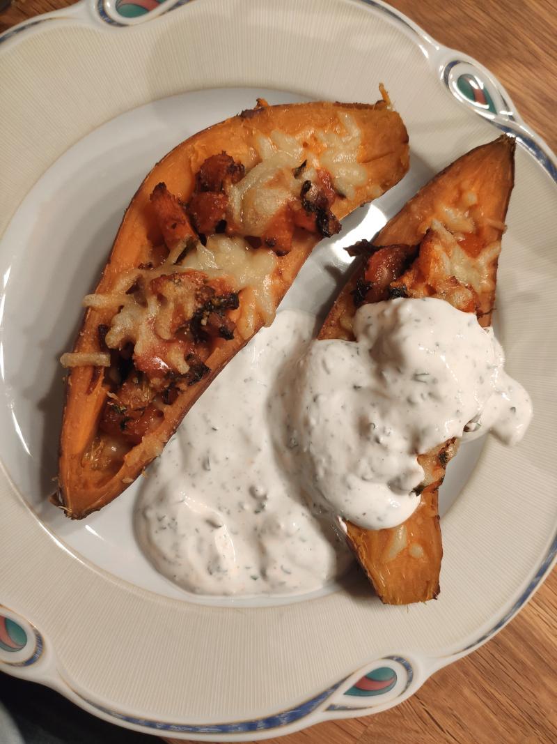 gefüllte_Süßkartoffel_vegan_mit Kräuterjoghurt10
